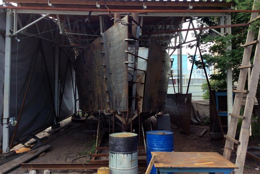 постройка стальной яхты