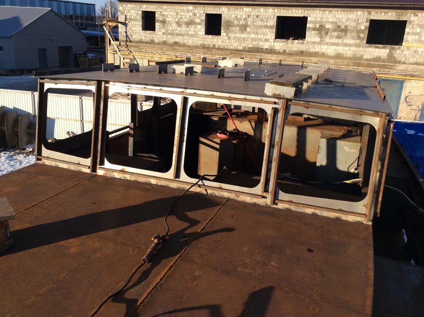 steel yacht hull 14m