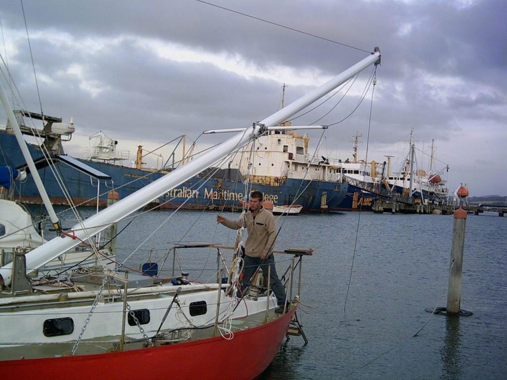 завал мачты на яхте