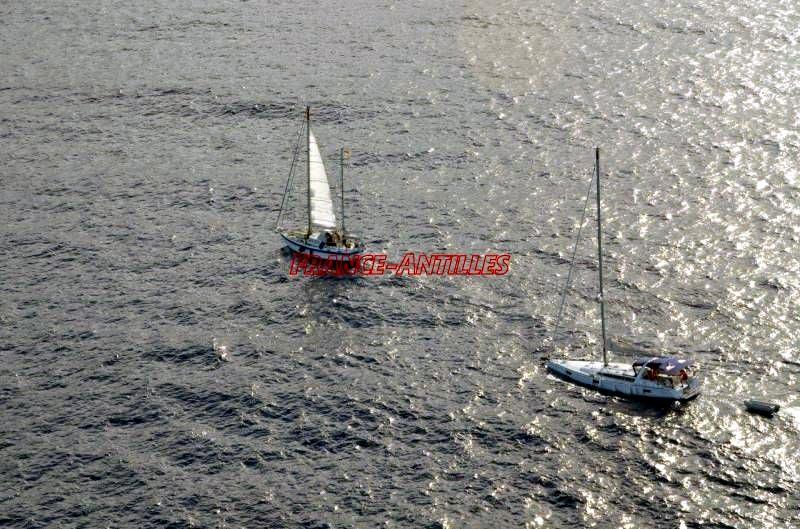 sinking-yacht-2