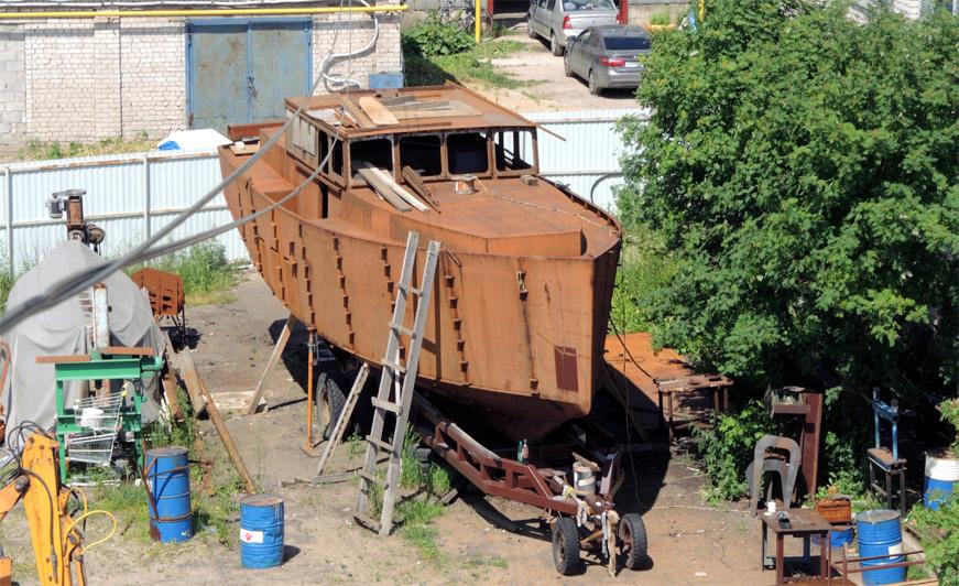 стальной корпус яхты