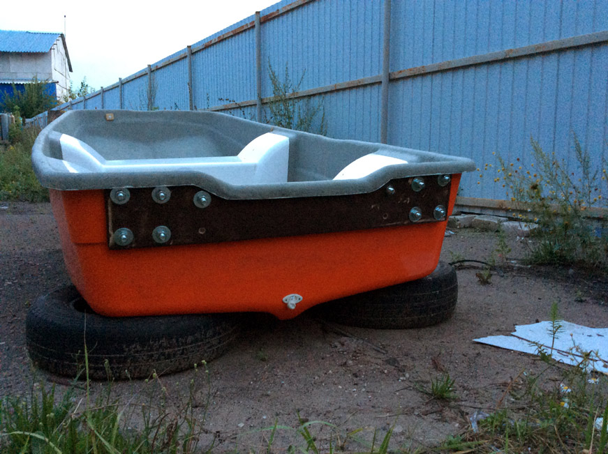фанерный транец на стеклопластиковой лодке