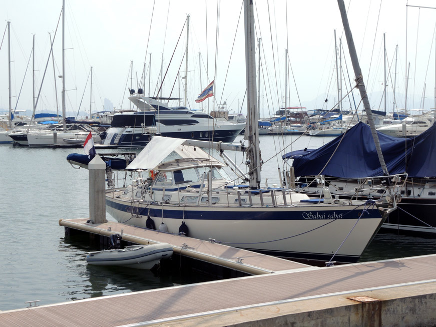 ocean-marina-pattaya-14
